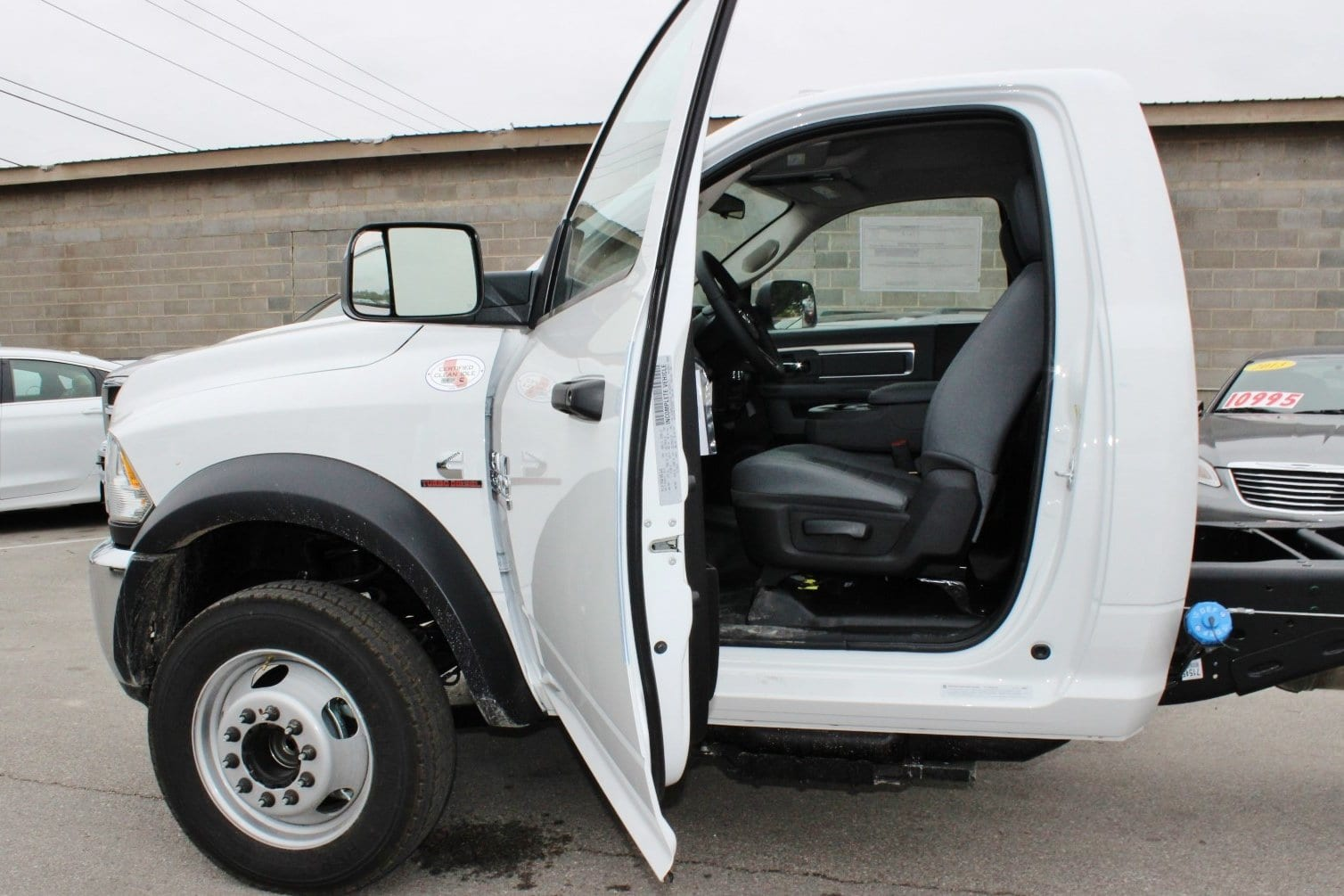 2018 Ram 5500 Regular Cab DRW Cab Chassis #TG137418 - photo 10