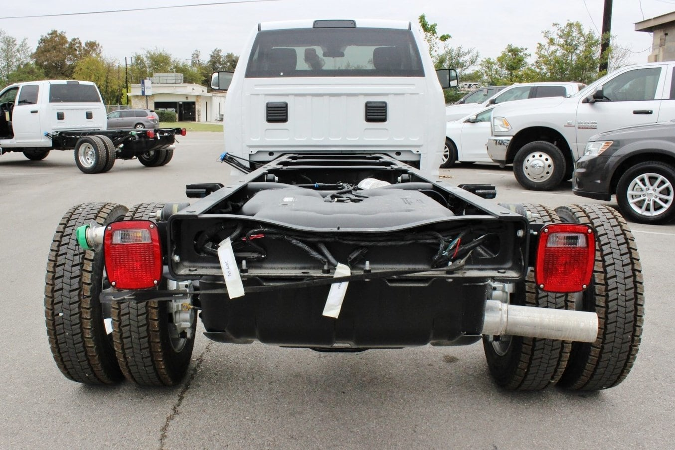2018 Ram 5500 Regular Cab DRW Cab Chassis #TG137418 - photo 2