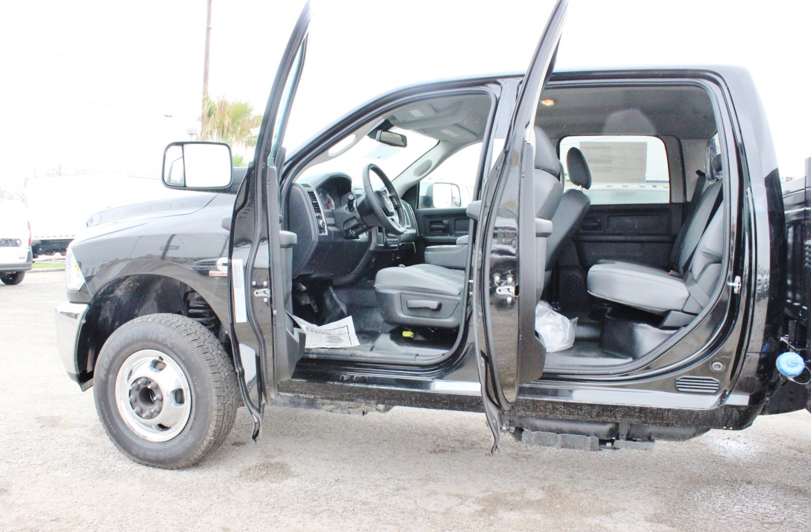 2018 Ram 3500 Crew Cab DRW 4x4,  Stahl Service Body #TG139302 - photo 15
