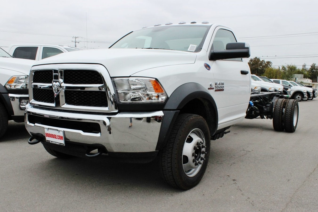 2018 Ram 5500 Regular Cab DRW Cab Chassis #TG143311 - photo 3