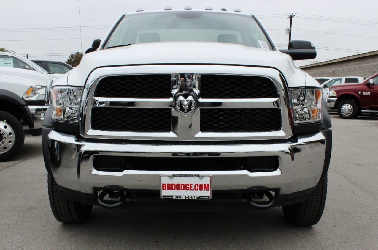 2018 Ram 5500 Regular Cab DRW Cab Chassis #TG143311 - photo 5
