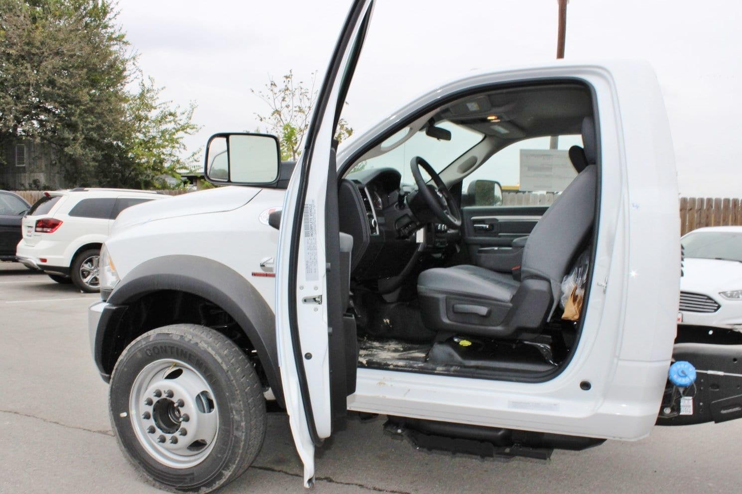 2018 Ram 5500 Regular Cab DRW Cab Chassis #TG145803 - photo 10