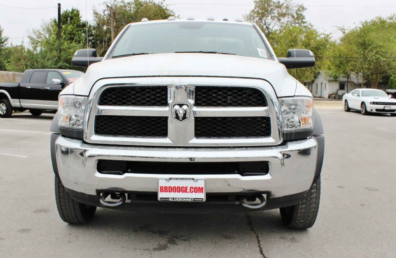 2018 Ram 5500 Regular Cab DRW Cab Chassis #TG145803 - photo 4