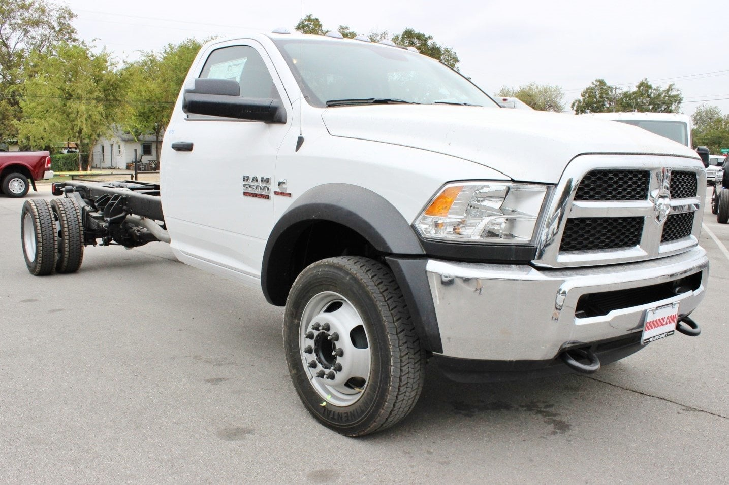 2018 Ram 5500 Regular Cab DRW Cab Chassis #TG145803 - photo 5