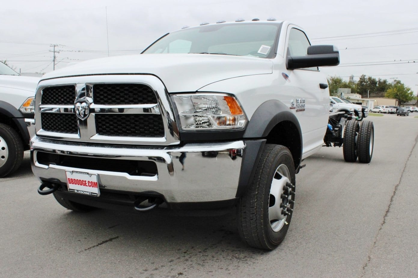 2018 Ram 5500 Regular Cab DRW Cab Chassis #TG145804 - photo 3