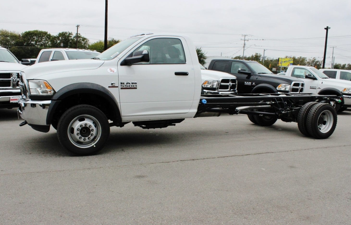 2018 Ram 5500 Regular Cab DRW Cab Chassis #TG145804 - photo 4