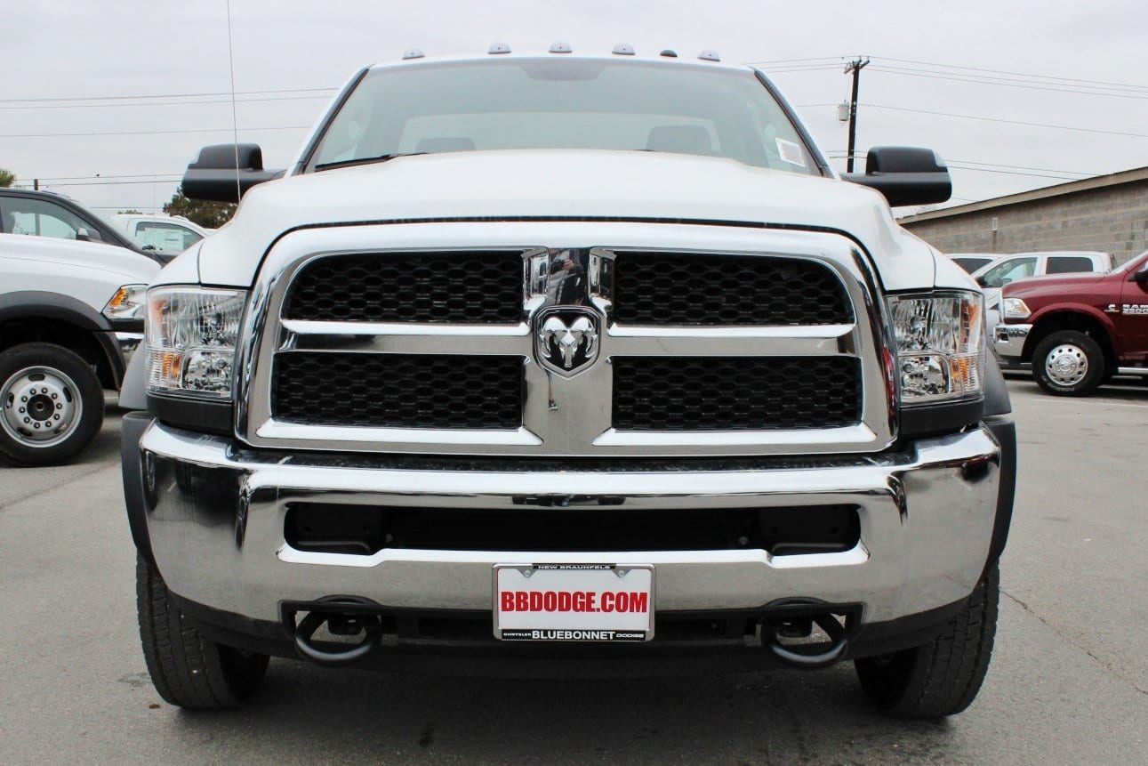 2018 Ram 5500 Regular Cab DRW Cab Chassis #TG145804 - photo 5