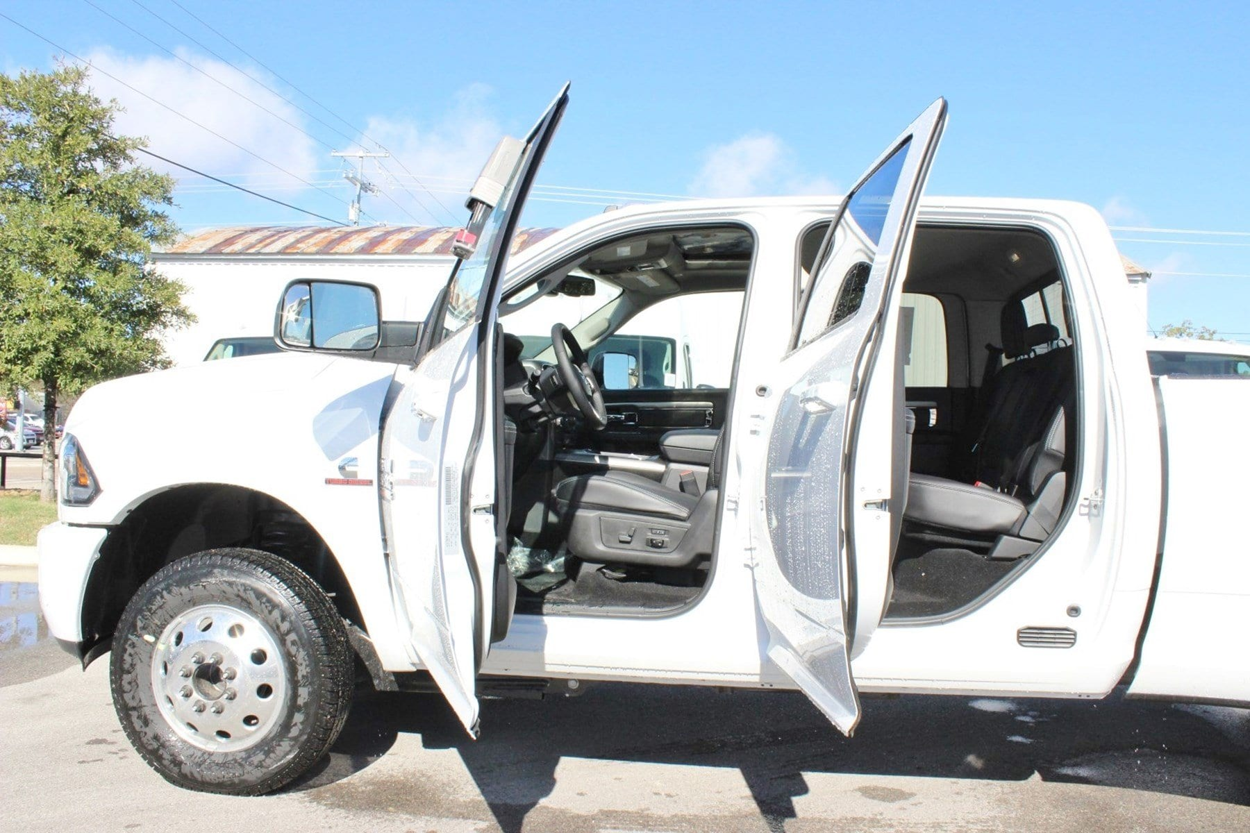 2018 Ram 3500 Crew Cab DRW 4x4,  Pickup #TG152909 - photo 16