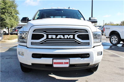 2018 Ram 3500 Crew Cab DRW 4x4,  Pickup #TG152909 - photo 4