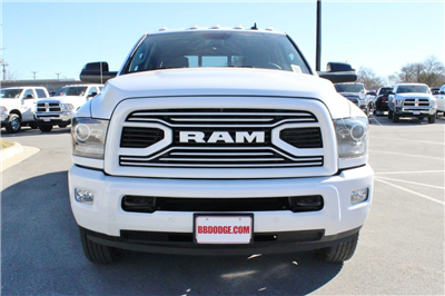 2018 Ram 3500 Crew Cab DRW 4x4, Pickup #TG152910 - photo 4