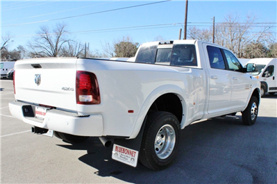 2018 Ram 3500 Crew Cab DRW 4x4, Pickup #TG152910 - photo 2
