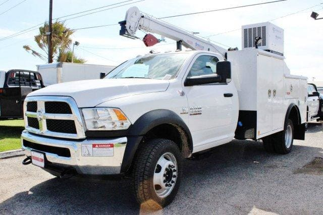 2018 Ram 5500 Regular Cab DRW 4x4, Service Body #TG173213 - photo 3