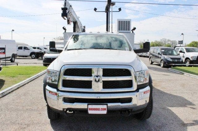 2018 Ram 5500 Regular Cab DRW 4x4,  Service Body #TG173213 - photo 5