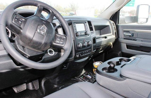 2018 Ram 5500 Regular Cab DRW 4x4,  Service Body #TG173213 - photo 7