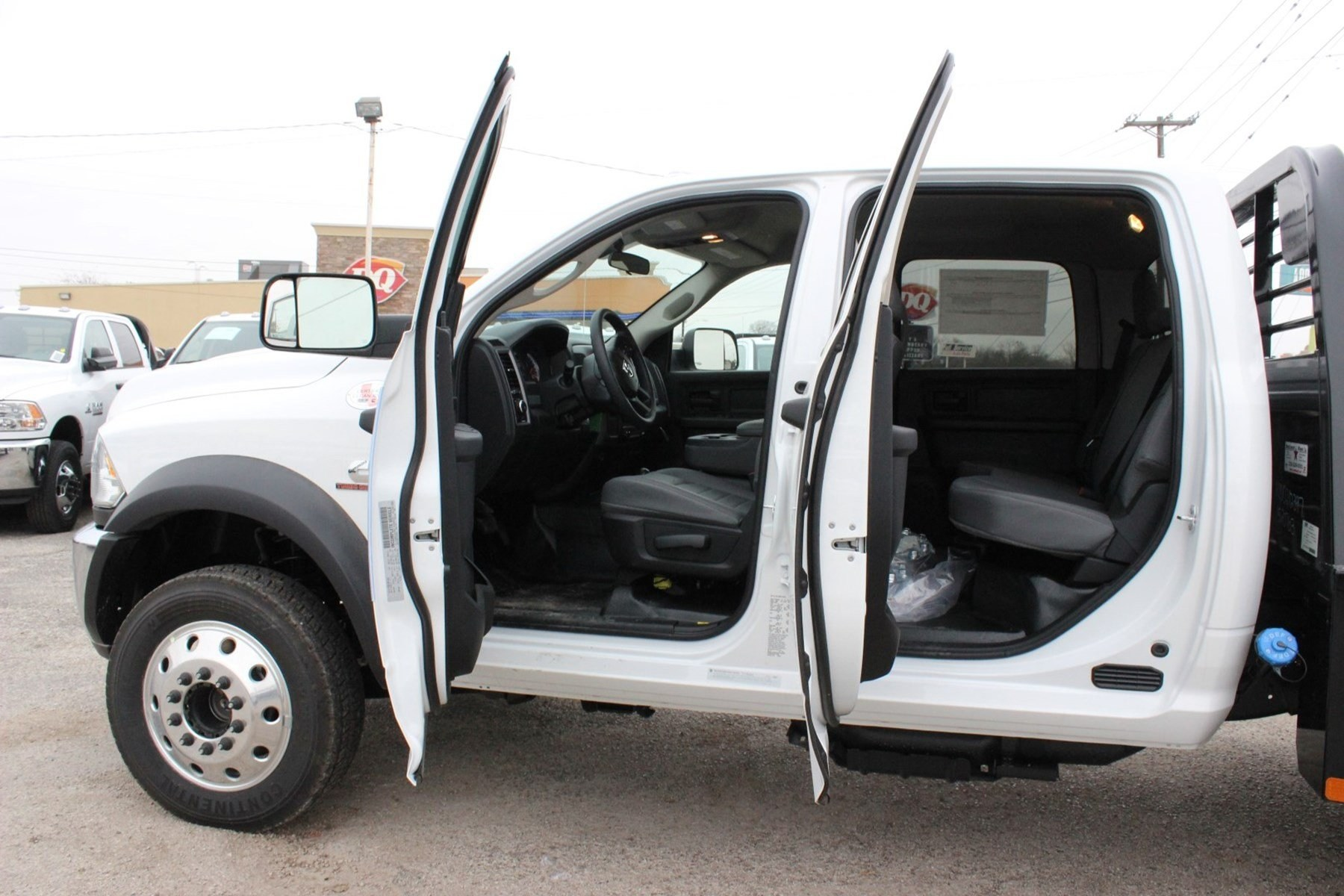 2018 Ram 5500 Crew Cab DRW 4x4, Hauler Body #TG175609 - photo 14