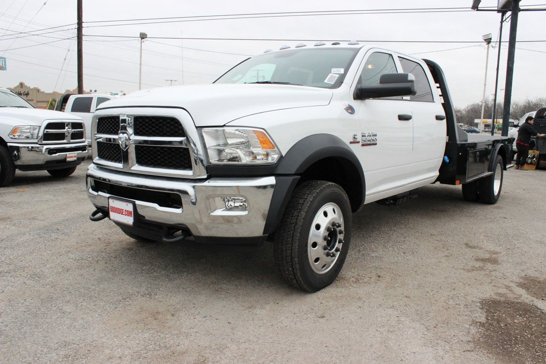 2018 Ram 5500 Crew Cab DRW 4x4, Hauler Body #TG175609 - photo 3