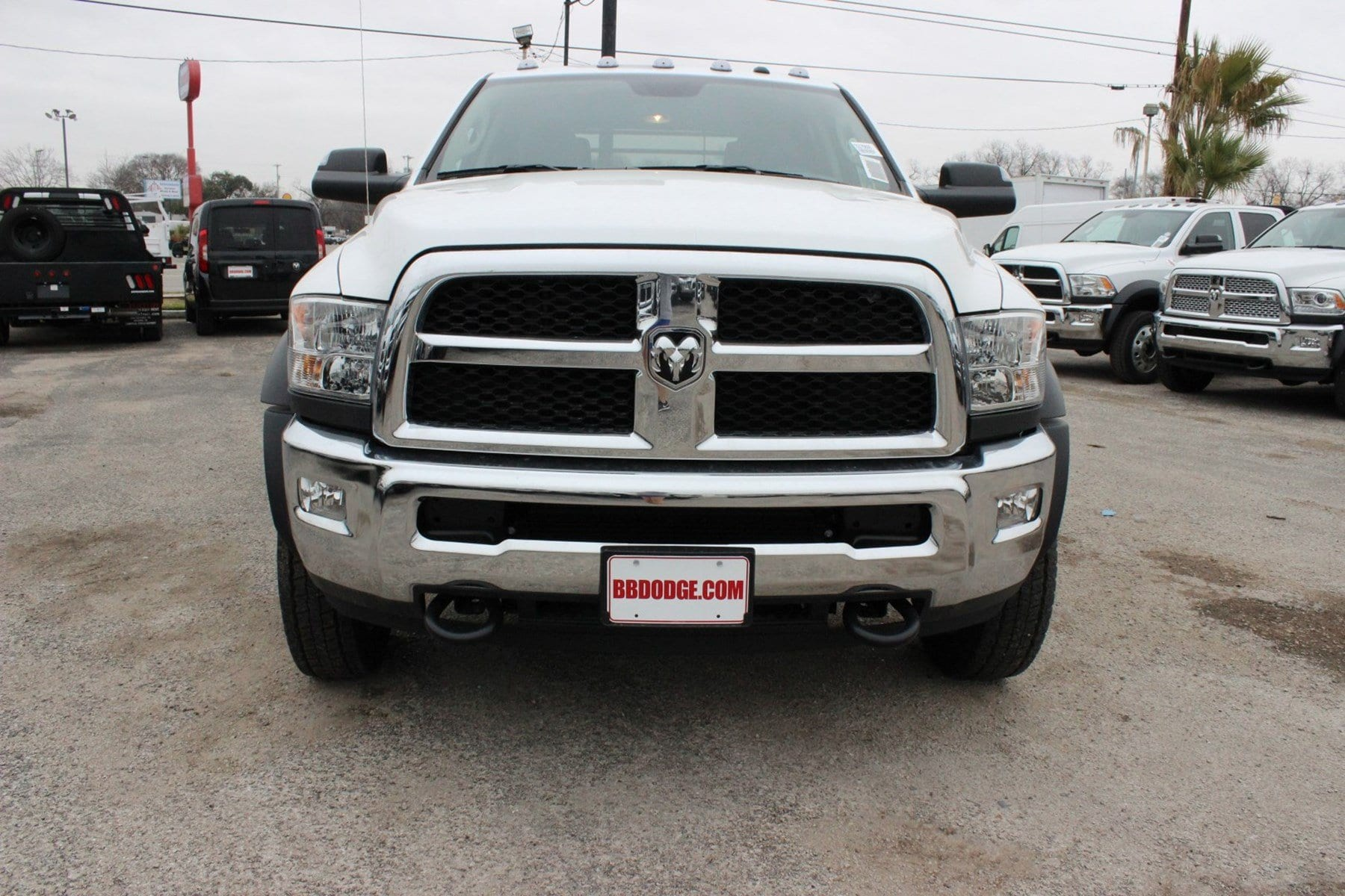 2018 Ram 5500 Crew Cab DRW 4x4, Hauler Body #TG175609 - photo 5