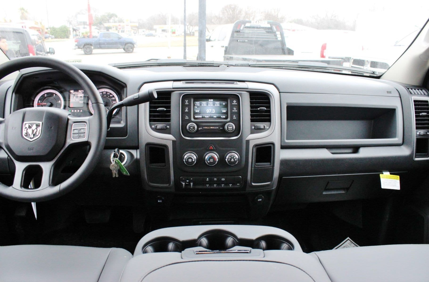2018 Ram 5500 Crew Cab DRW 4x4, Hauler Body #TG182235 - photo 7