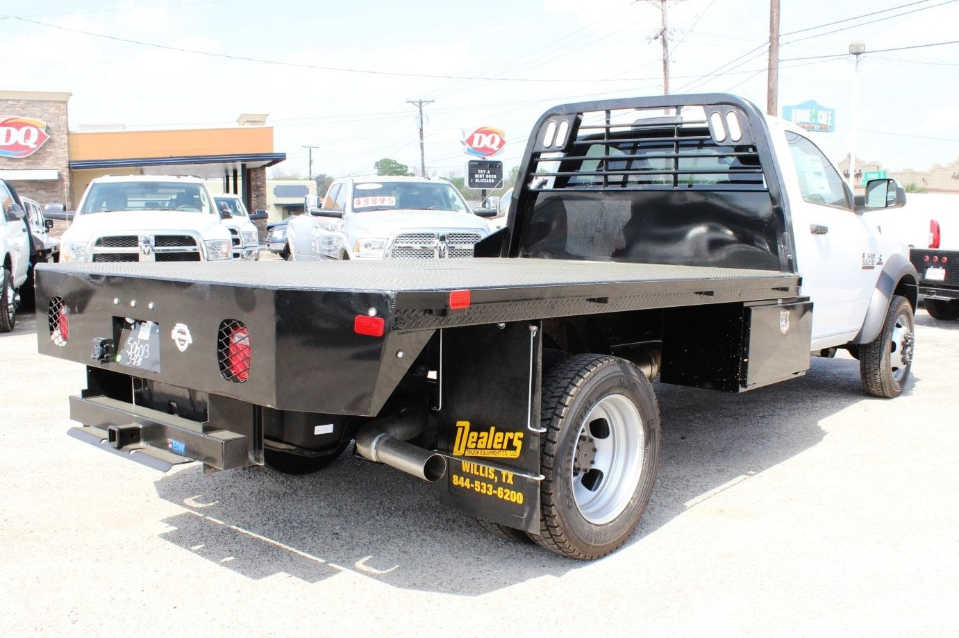2018 Ram 5500 Regular Cab DRW 4x4, Flatbed #TG185443 - photo 2