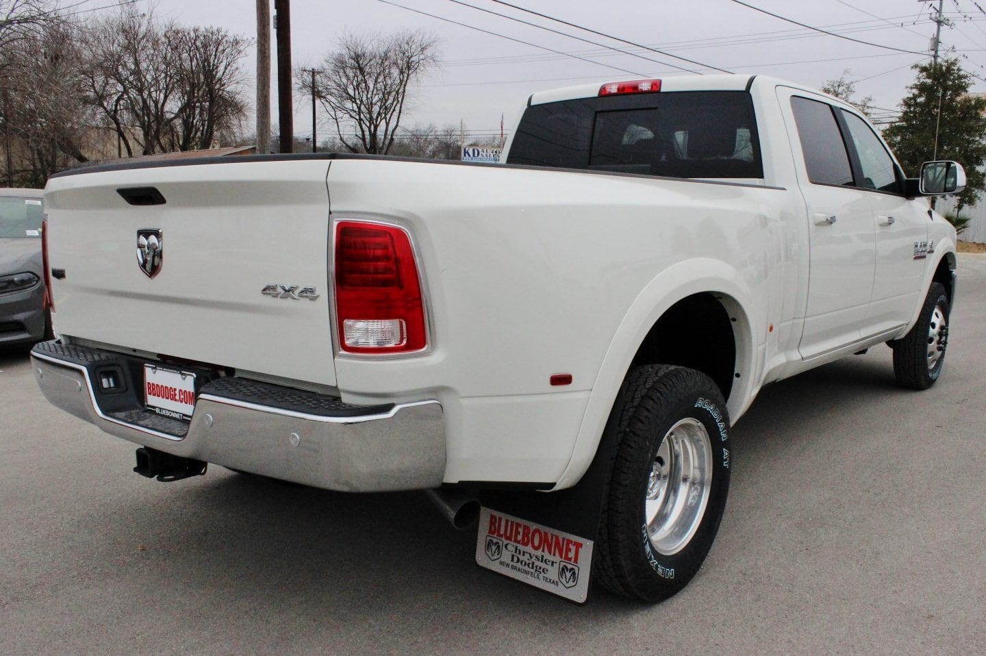 2018 Ram 3500 Crew Cab DRW 4x4, Pickup #TG201263 - photo 2