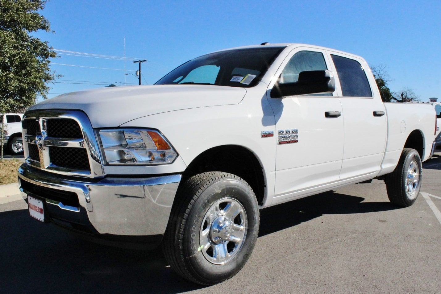 2018 Ram 2500 Crew Cab 4x4, Pickup #TG206999 - photo 3