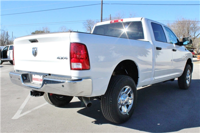 2018 Ram 2500 Crew Cab 4x4, Pickup #TG206999 - photo 2