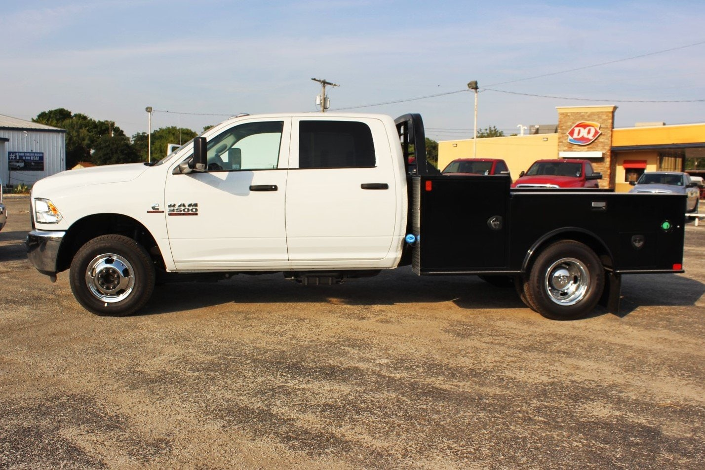 2018 Ram 3500 Crew Cab DRW 4x4,  CM Truck Beds Flatbed #TG236892 - photo 4