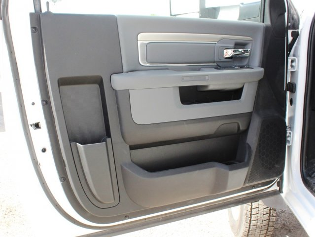 2016 Ram 5500 Regular Cab DRW 4x4, Knapheide Service Body #TG299942 - photo 16