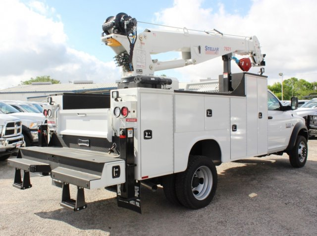 2016 Ram 5500 Regular Cab DRW 4x4, Knapheide Service Body #TG299942 - photo 2