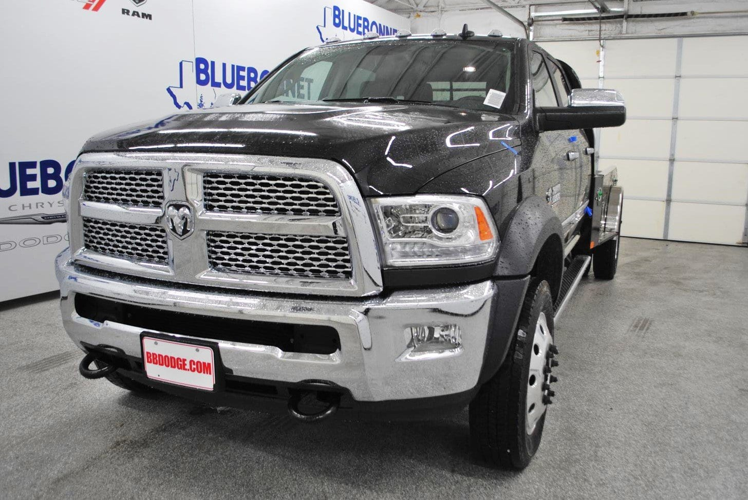 2018 Ram 5500 Crew Cab DRW 4x4,  CM Truck Beds Hauler Body #TG317666 - photo 3