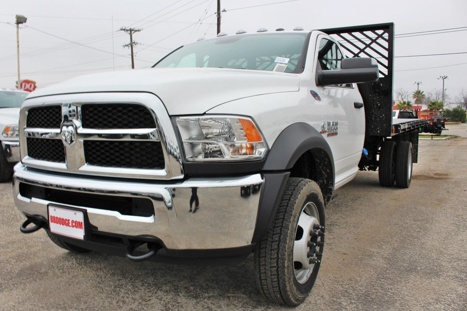 2018 Ram 5500 Regular Cab DRW 4x2,  Cadet Flatbed #TG317981 - photo 3