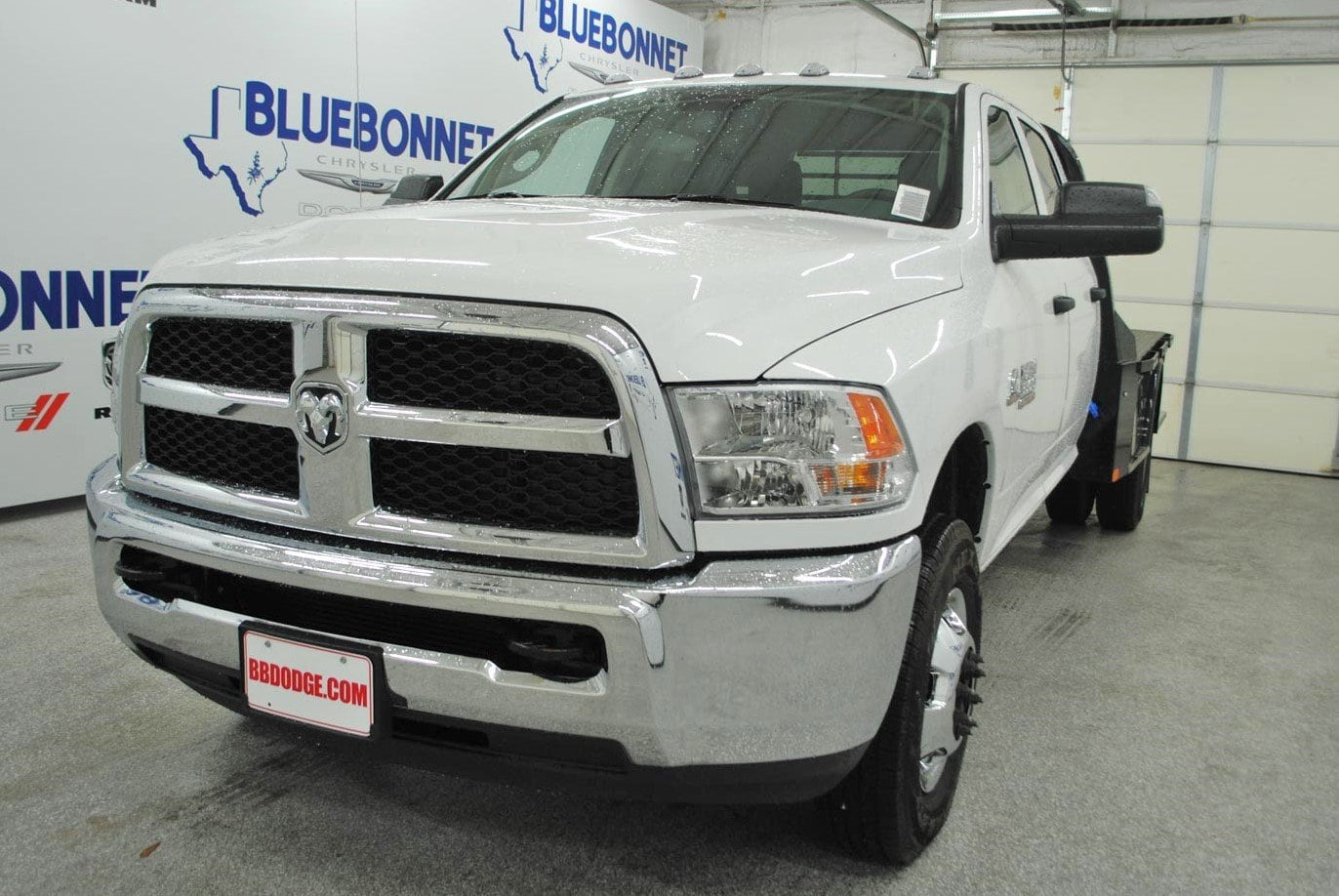 2018 Ram 3500 Crew Cab DRW 4x4,  CM Truck Beds Flatbed #TG325337 - photo 3