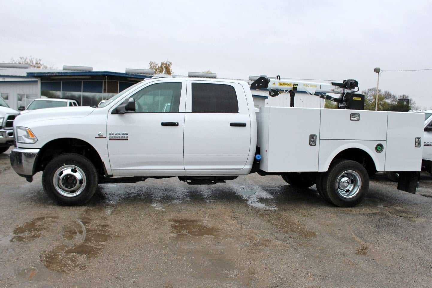 2018 Ram 3500 Crew Cab DRW 4x4,  Stahl Service Body #TG362774 - photo 4