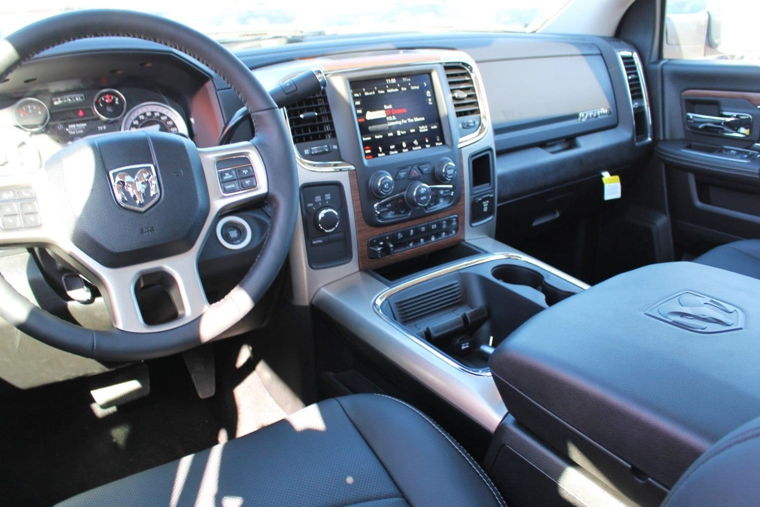 2018 Ram 2500 Crew Cab 4x4,  Pickup #TG403948 - photo 6