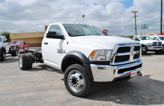 2017 Ram 4500 Regular Cab DRW, Cab Chassis #TG547956 - photo 5