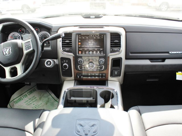 2017 Ram 2500 Crew Cab 4x4, Pickup #TG554911 - photo 6