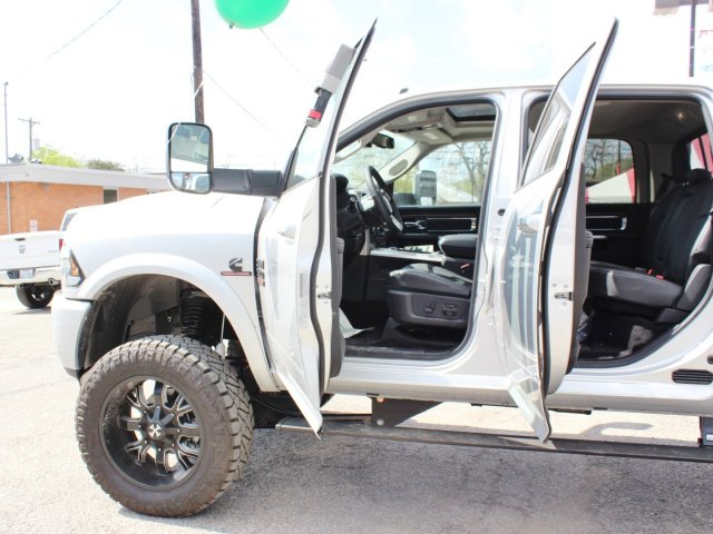 2017 Ram 2500 Crew Cab 4x4, Pickup #TG554911 - photo 16
