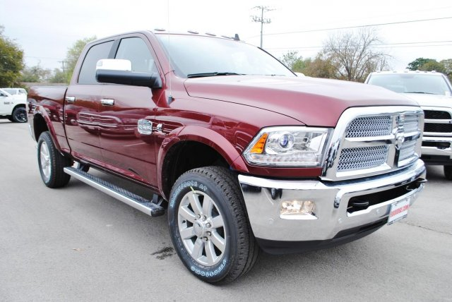 2017 Ram 2500 Crew Cab 4x4, Pickup #TG570515 - photo 5