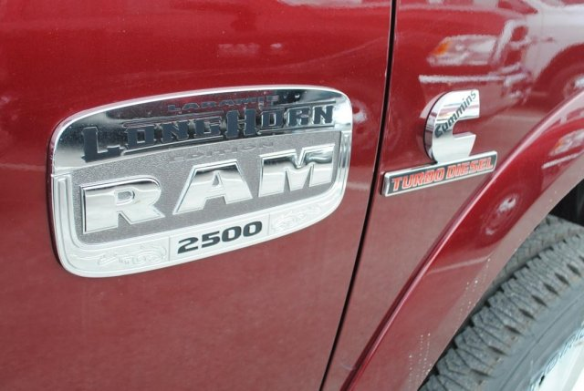2017 Ram 2500 Crew Cab 4x4, Pickup #TG570515 - photo 12
