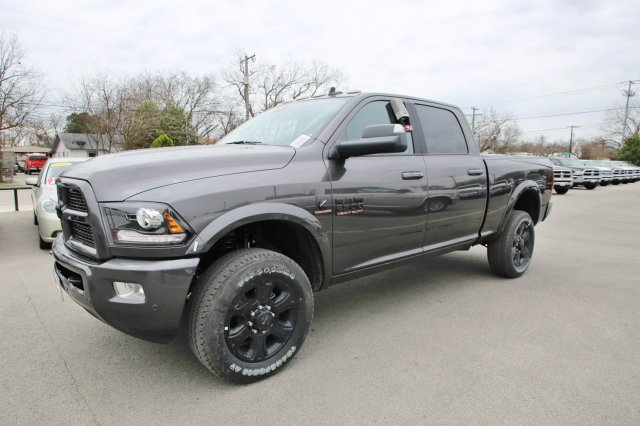 2017 Ram 2500 Crew Cab 4x4, Pickup #TG570517 - photo 3