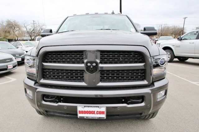 2017 Ram 2500 Crew Cab 4x4, Pickup #TG570517 - photo 4