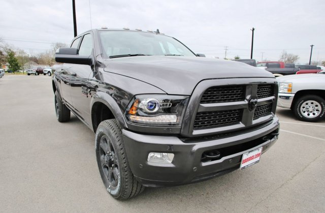 2017 Ram 2500 Crew Cab 4x4, Pickup #TG570517 - photo 5