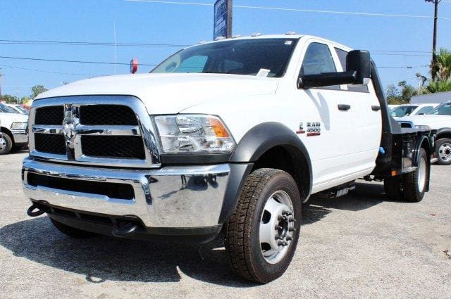 2017 Ram 4500 Crew Cab DRW 4x4, Flatbed #TG591513 - photo 3