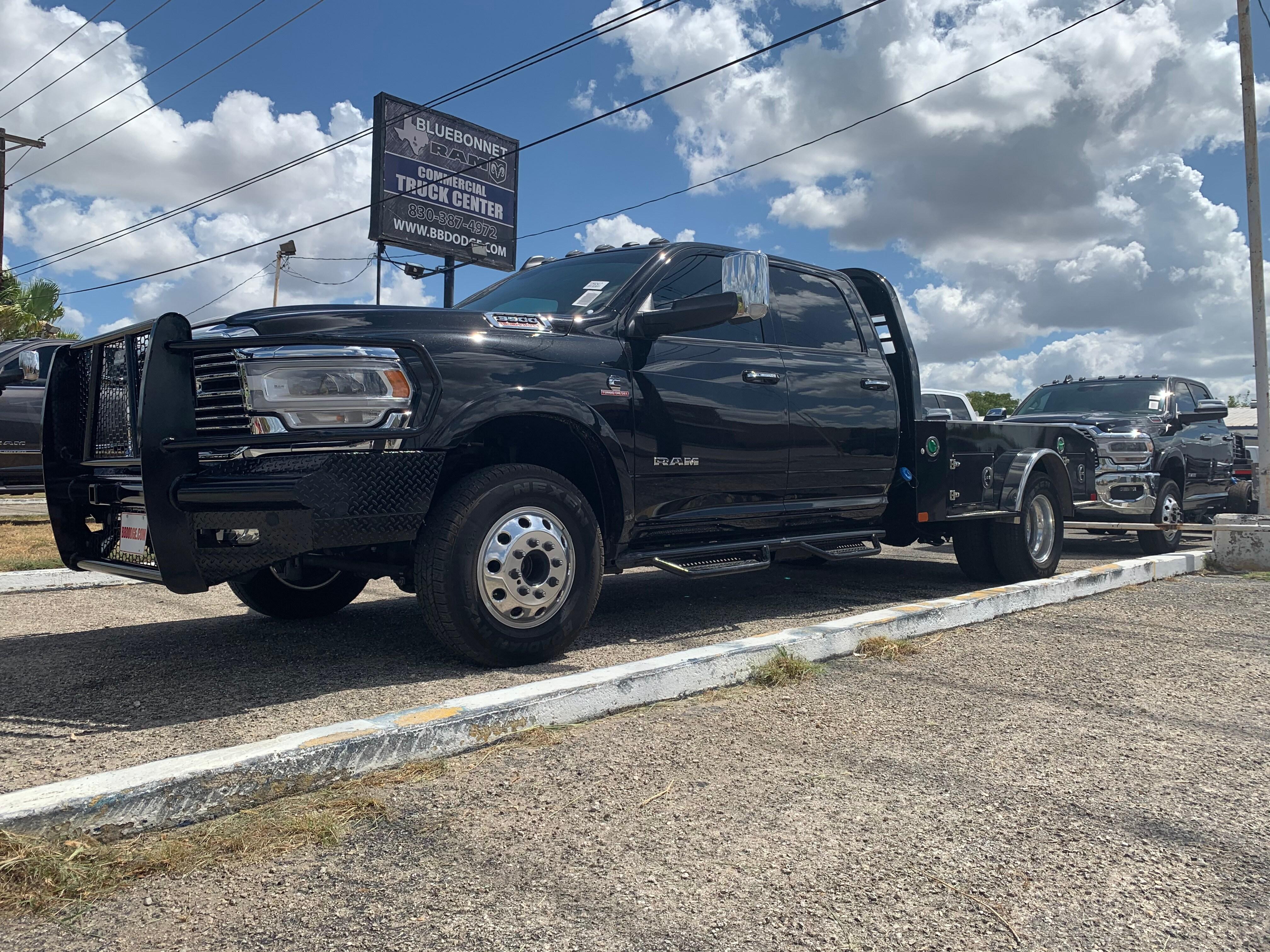Ram 3500 Truck >> 2019 Ram 3500 Crew Cab Drw 4x4 Cm Truck Beds Er Model Hauler Body Stock Tg592417