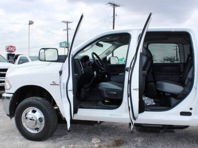 2017 Ram 3500 Crew Cab DRW, CM Truck Beds Flatbed #TG597731 - photo 17