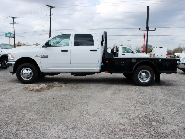 2017 Ram 3500 Crew Cab DRW, CM Truck Beds Flatbed #TG597731 - photo 3