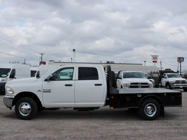 2017 Ram 3500 Crew Cab DRW 4x4, CM Truck Beds Flatbed #TG610029 - photo 3