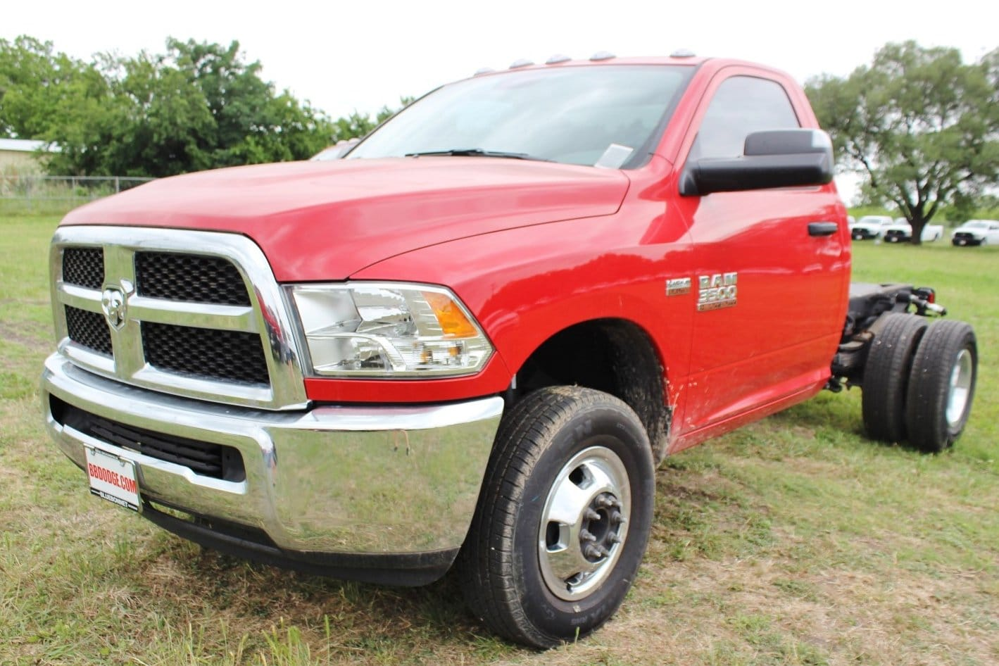 2017 Ram 3500 Regular Cab DRW,  Cab Chassis #TG623656 - photo 3