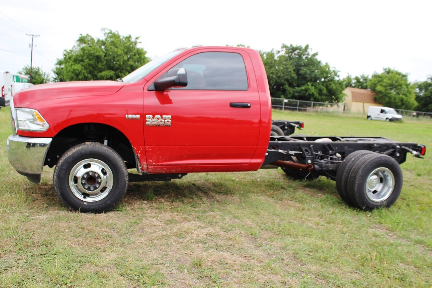 2017 Ram 3500 Regular Cab DRW,  Cab Chassis #TG623656 - photo 4