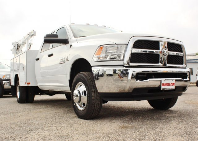 2017 Ram 3500 Crew Cab DRW 4x4, Axton Fleet Systems Service Body #TG623945 - photo 5